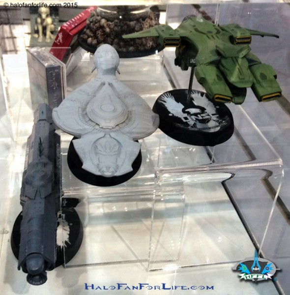 DarkHorse display of 3-3 rear