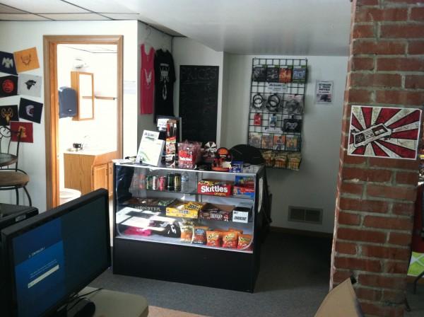 GameOn LLC Front Desk with Bathroom