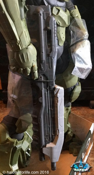Jakks 31in Master Chief CU AR