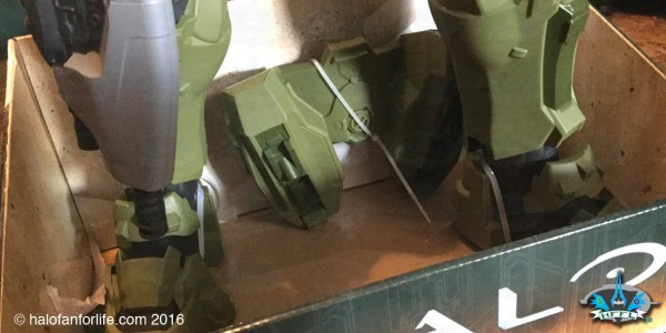 Jakks 31in Master Chief back