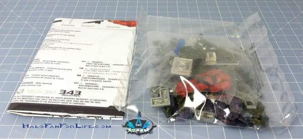 MB Micro Fleet Hornet contents
