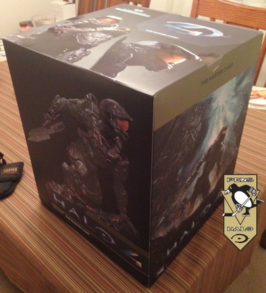 McF Halo 4 Master Chief Statue 3-4 front-