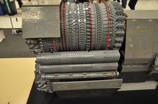 Side Engine detail