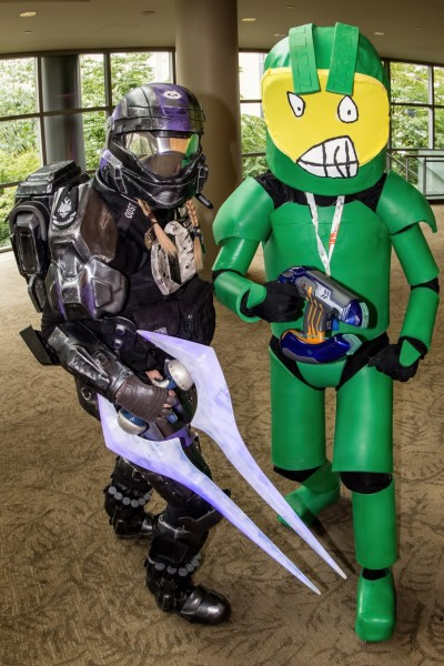 halo-pax-prime-cosplay-b0f8afecb1a44113896adc929fc67f7e