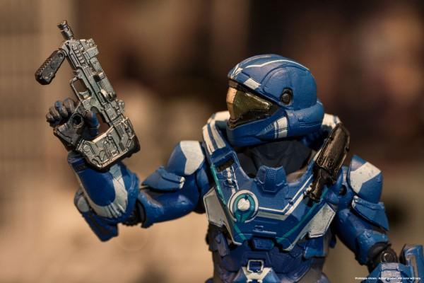 web_Halo5S3_SpartanHellJumper_05